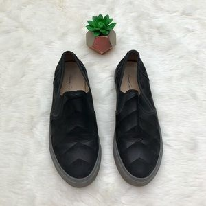 Kenneth Cole New York Black Slip On Sneakers